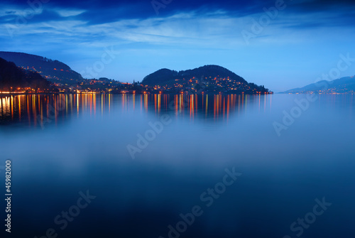 Lake Thun at night.