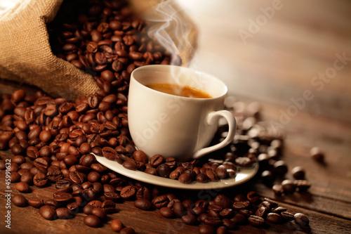 Fototapeta tazzina di caffè fumante