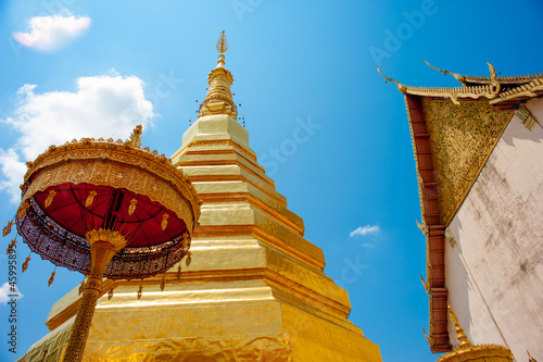 Wat Phra That Chae Hang, The north temple of thailand