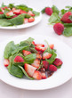 Strawberry and spinach salad with dressing