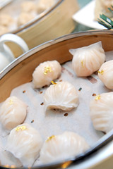 dim sum prawn and gold (for eat)