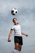 Fußballerin - Kopfball