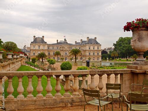 Park in paris jardin du luxembourg palace stock photo for Jardin du luxembourg hours