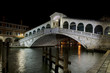 ponte di rialto by night