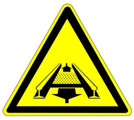 Warnzeichen - Förderanlage im Gleis