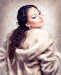 Fashion Beautiful Woman in Luxury Fur Mink Coat