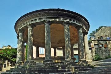 Grignan, Francia - Drôme  Rhône Alpes, antica Fontana