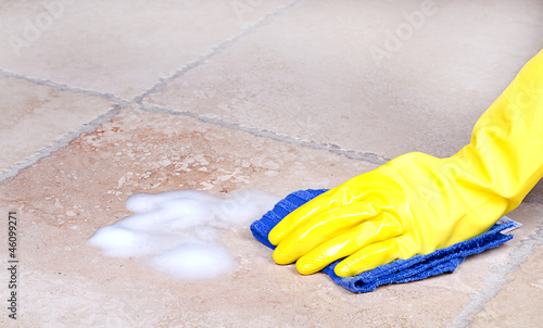 cleaning tile with cloth