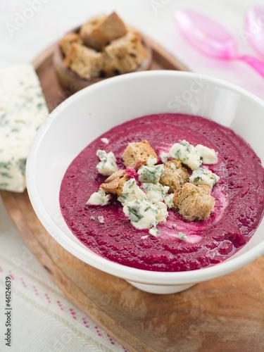Beet cream soup