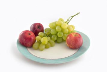 Manzanas y Uvas.