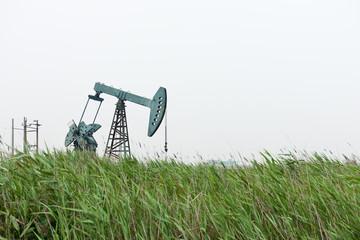 oil pump in prairie