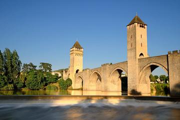 """le vieux pont fortifié """"Valentré"""" de Cahors"""