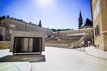 Österreich Salzburg Domplatz