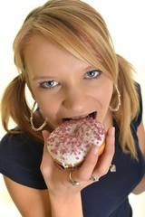 Eting donut