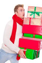 mann mit geschenken
