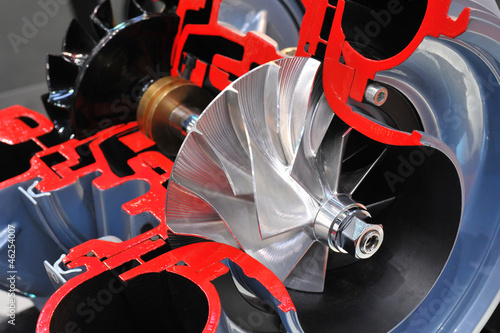 Schnittmodell eines Turboladers - 46254007