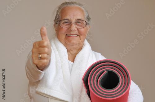 Sportliche Seniorin