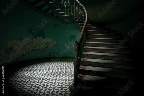 Tajemnicze schody - 46301210
