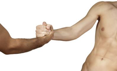 stretta di mano tra due uomini