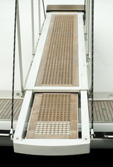Yacht boarding ladder