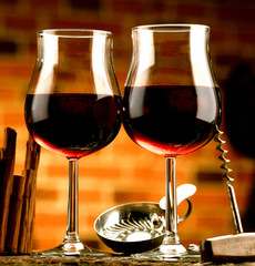 calici di vino con tastevin