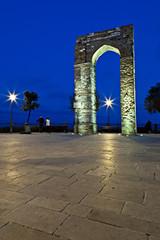 Numana, l'Arco di Torre al crepuscolo