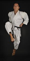 Salto en karate frontal. Javi