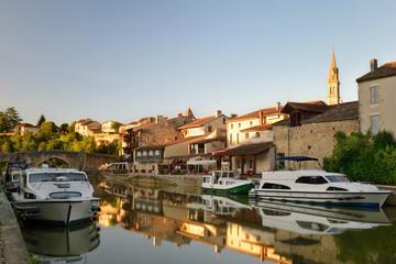 village de Nérac un soir d'été