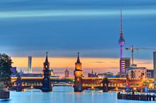 "Постер, картина, фотообои ""Oberbaumbrücke Berlin"""