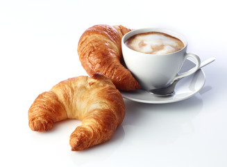 Cappucino und Croissants