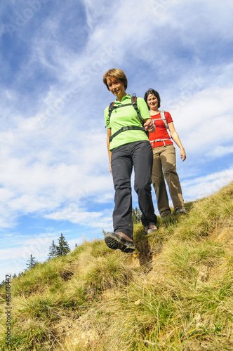 Zwei Hikerinnen