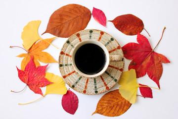 落ち葉とコーヒー