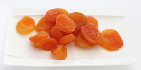 Quelques abricots secs