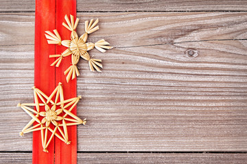 Strohsterne auf Holz - Christmas Stars on Wood