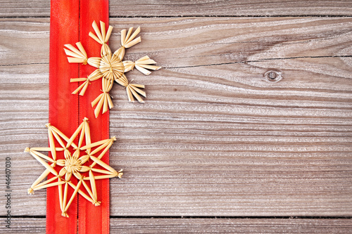 Strohsterne auf Holz - Christmas Stars on Wood