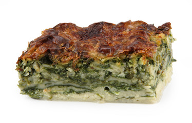 Banica made of spinach and pastry leaves