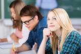 studentin in der vorlesung