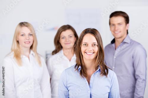 ein junges team im büro