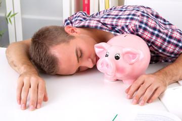 Studiengebühren aus dem Sparschwein bezahlen