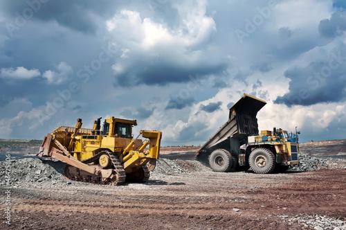 Fototapete Lastkraftwagen - Minerals - Industrie allgemein