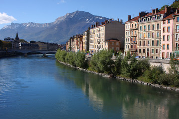 Isere et Vercors depuis Grenoble