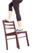 schlechte Alternative zur Leiter ist der Stuhl