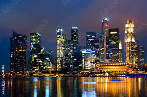 Plexiglas Singapore Singapore skyline at night.