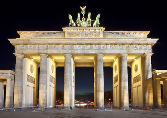 Brandenburg Gate (Brandenburger Tor) night shot, Berlin