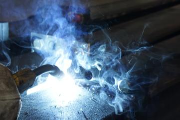 saldare saldatore industria metalmeccanica