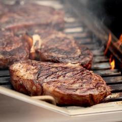 Rib Eye Steak auf dem Grill