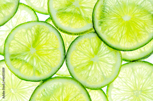 Lime slices © Samiylenko