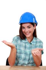 Empty-handed tradeswoman