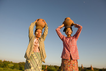traditional farmers at myanmar