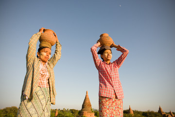 traditional farmers at myanmar, bagan